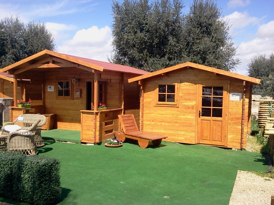 Prosiri casette giardino for Produzione casette in legno romania